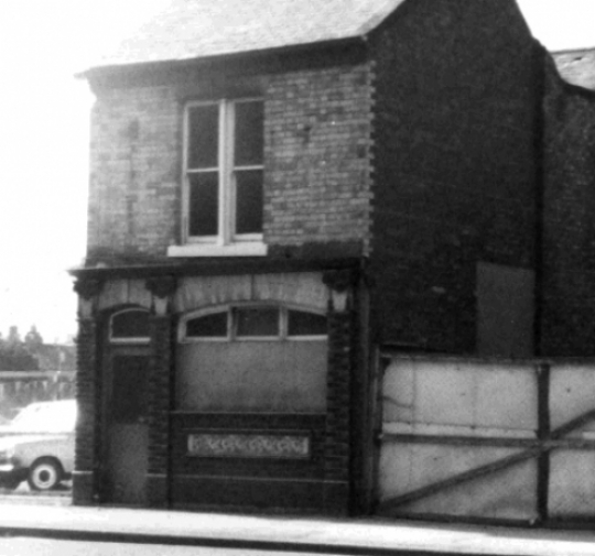 Lost Pubs Of Hull F To L
